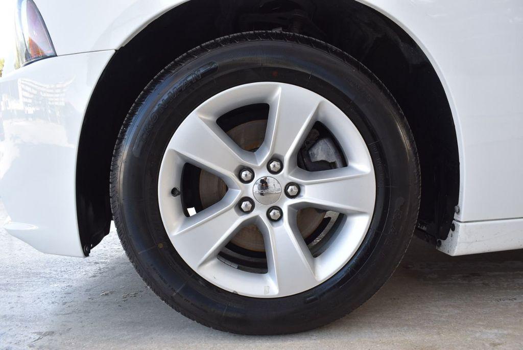 2014 Dodge Charger 4dr Sedan SE RWD - 18359555 - 11