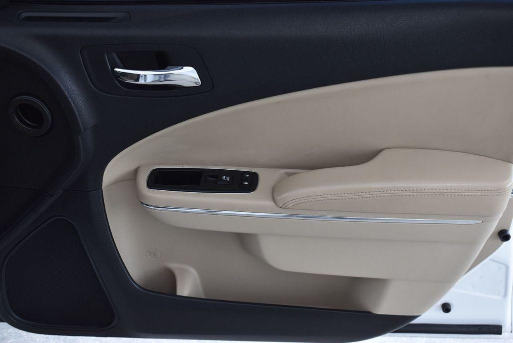 2014 Dodge Charger 4dr Sedan SE RWD - 18359555 - 24