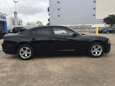 2014 Dodge Charger 4dr Sedan SE RWD - Click to see full-size photo viewer