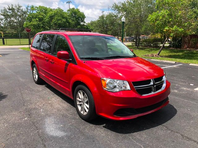 2014 Dodge Grand Caravan 4dr Wagon SXT - Click to see full-size photo viewer