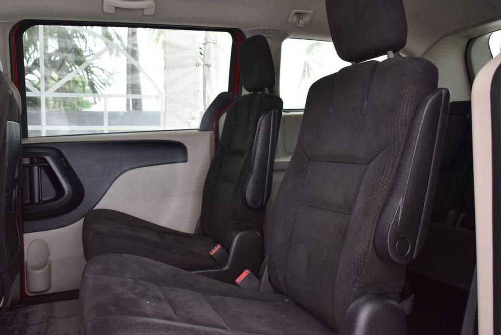 2014 Dodge Grand Caravan SXT - 18497651 - 11