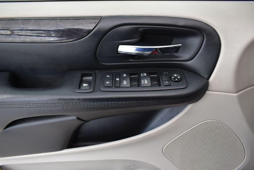 2014 Dodge Grand Caravan SXT - 18497651 - 13