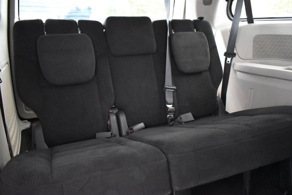 2014 Dodge Grand Caravan SXT - 18497651 - 16