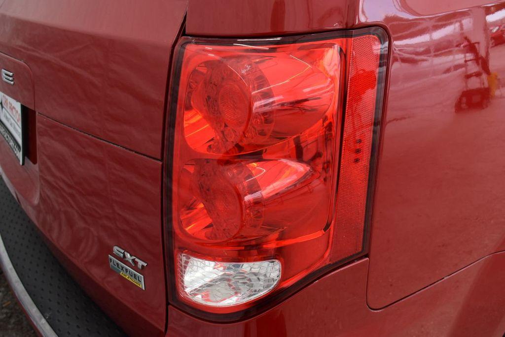 2014 Dodge Grand Caravan SXT - 18497651 - 1