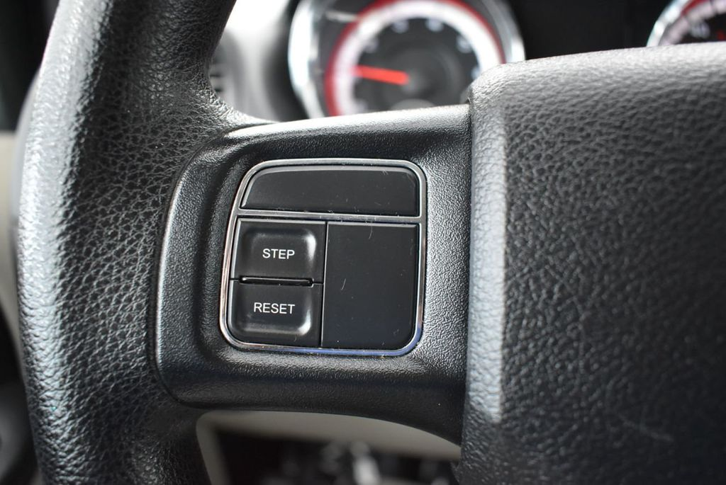 2014 Dodge Grand Caravan SXT - 18497651 - 21