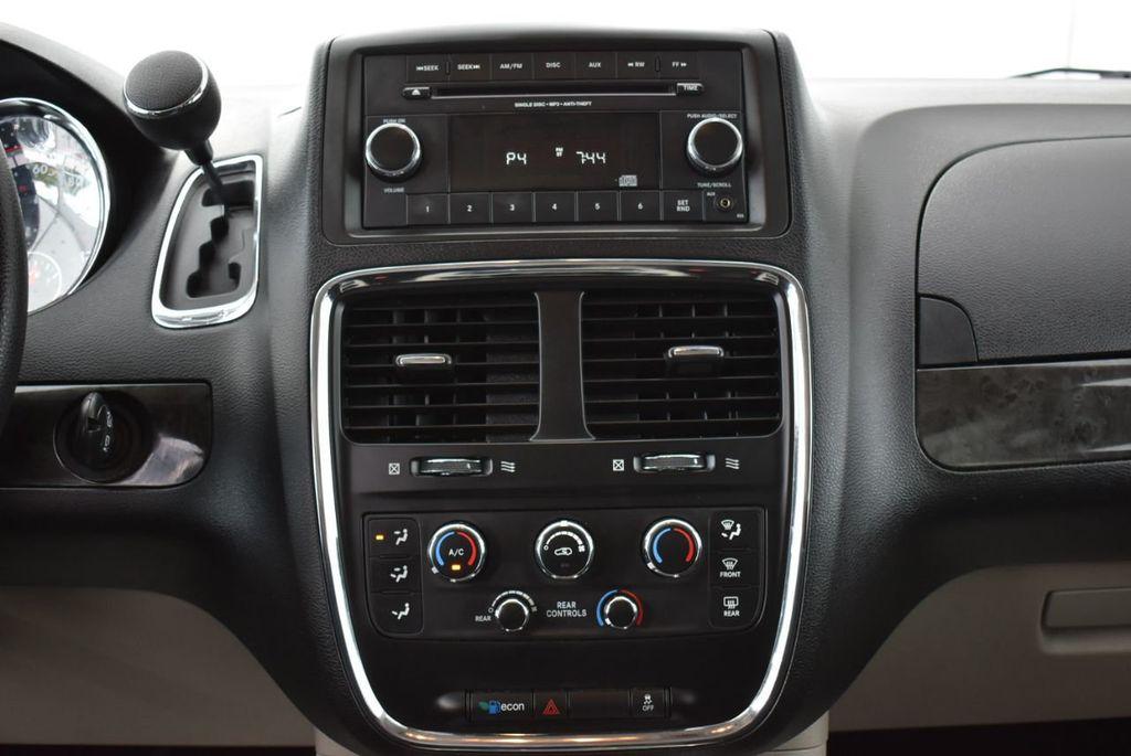 2014 Dodge Grand Caravan SXT - 18497651 - 22