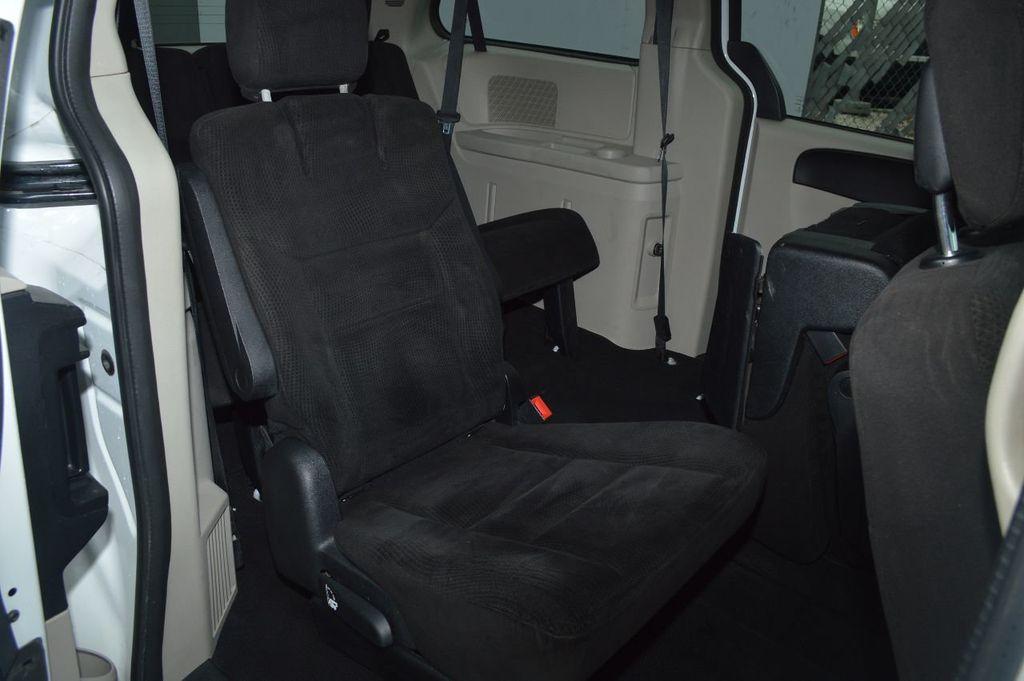 2014 Dodge Grand Caravan SXT - 17979923 - 13
