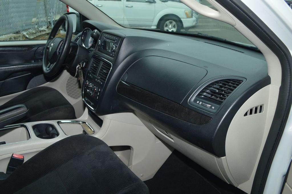2014 Dodge Grand Caravan SXT - 17979923 - 15