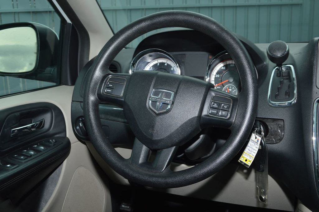 2014 Dodge Grand Caravan SXT - 17979923 - 17