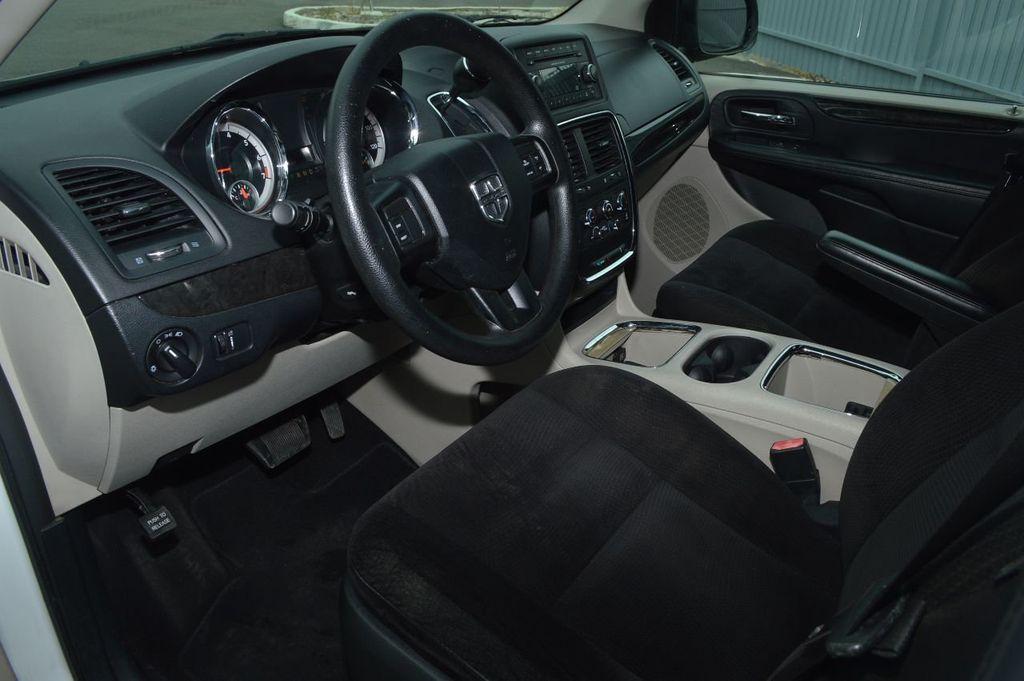 2014 Dodge Grand Caravan SXT - 17979923 - 8