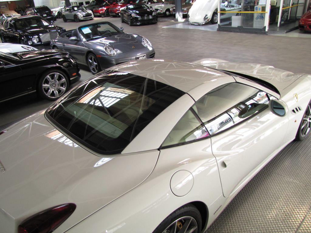 2014 Ferrari California 2dr Convertible - 18327274 - 20