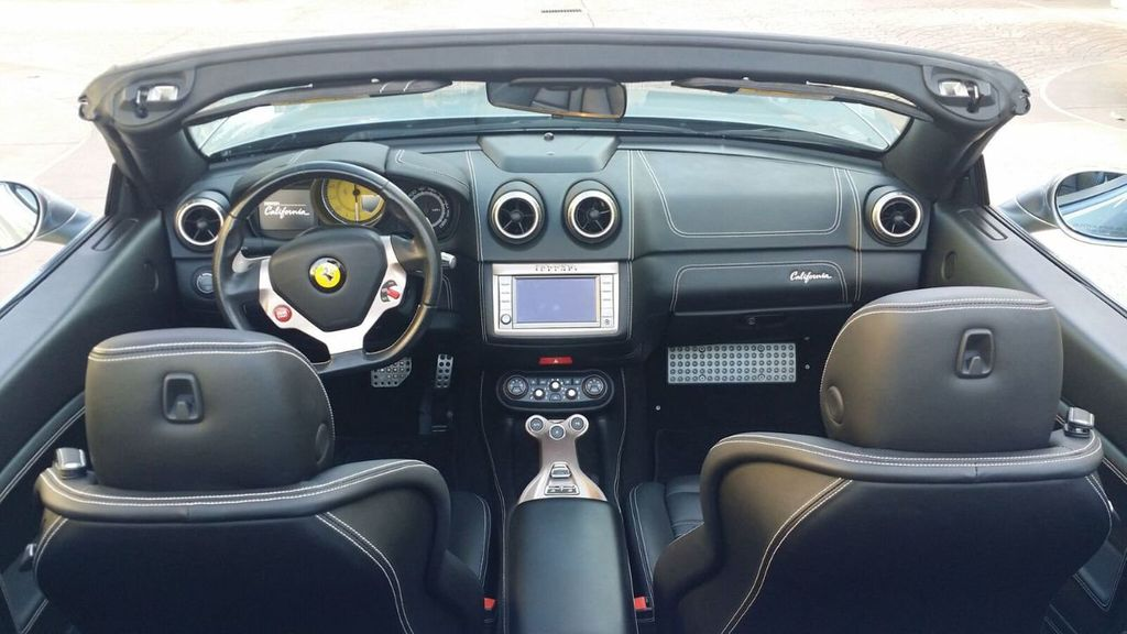 2014 Ferrari California 2dr Convertible - 17309500 - 15