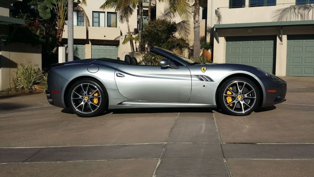 2014 Ferrari California 2dr Convertible - 17309500 - 36