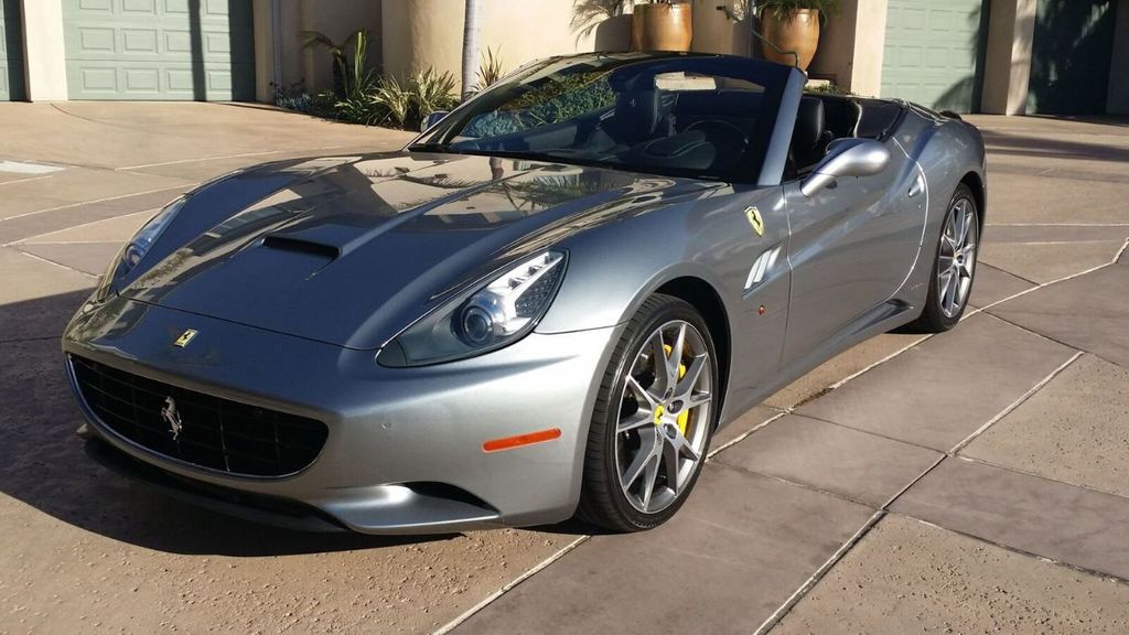 2014 Ferrari California 2dr Convertible - 17309500 - 43