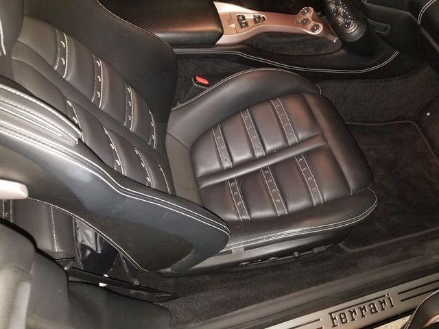 2014 Ferrari California 2dr Convertible - 17952873 - 24