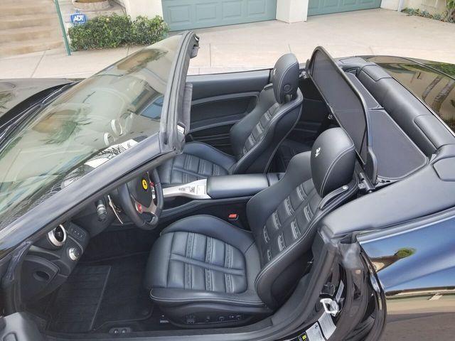 2014 Ferrari California 2dr Convertible - 17952873 - 30