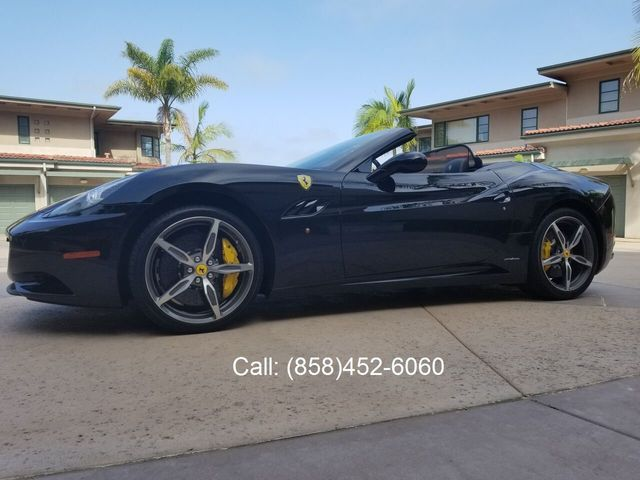 2014 Ferrari California 2dr Convertible - 17952873 - 36