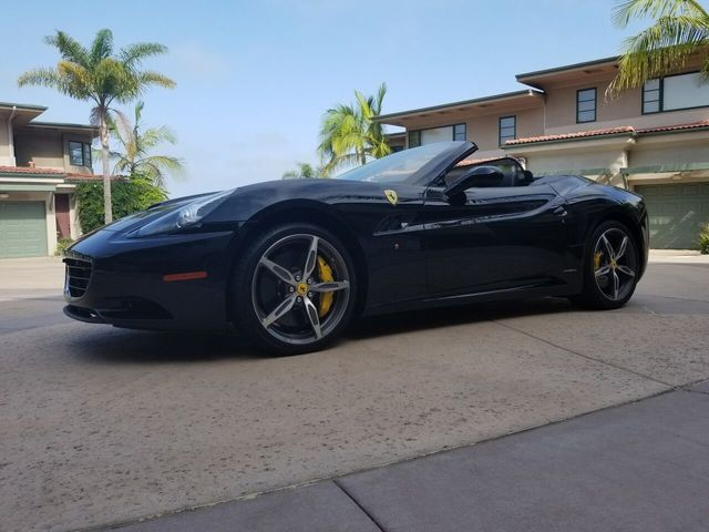 2014 Ferrari California 2dr Convertible - 17952873 - 42