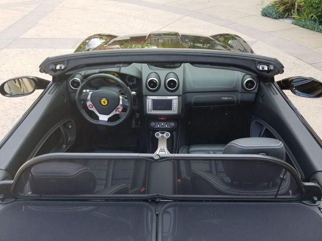 2014 Ferrari California 2dr Convertible - 17952873 - 4