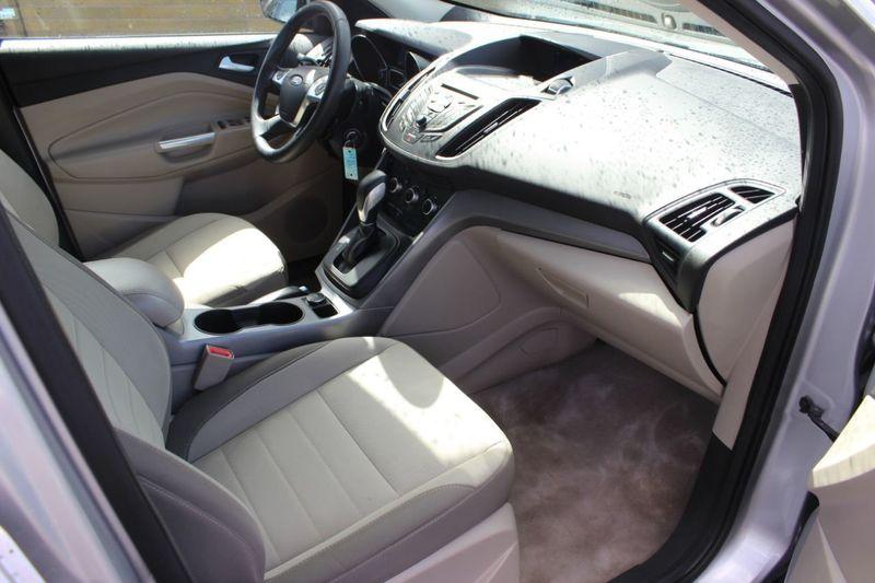 2014 Ford Escape FWD 4dr SE - 18356786 - 5