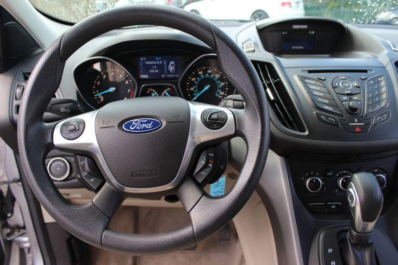 2014 Ford Escape FWD 4dr SE - 18356786 - 6