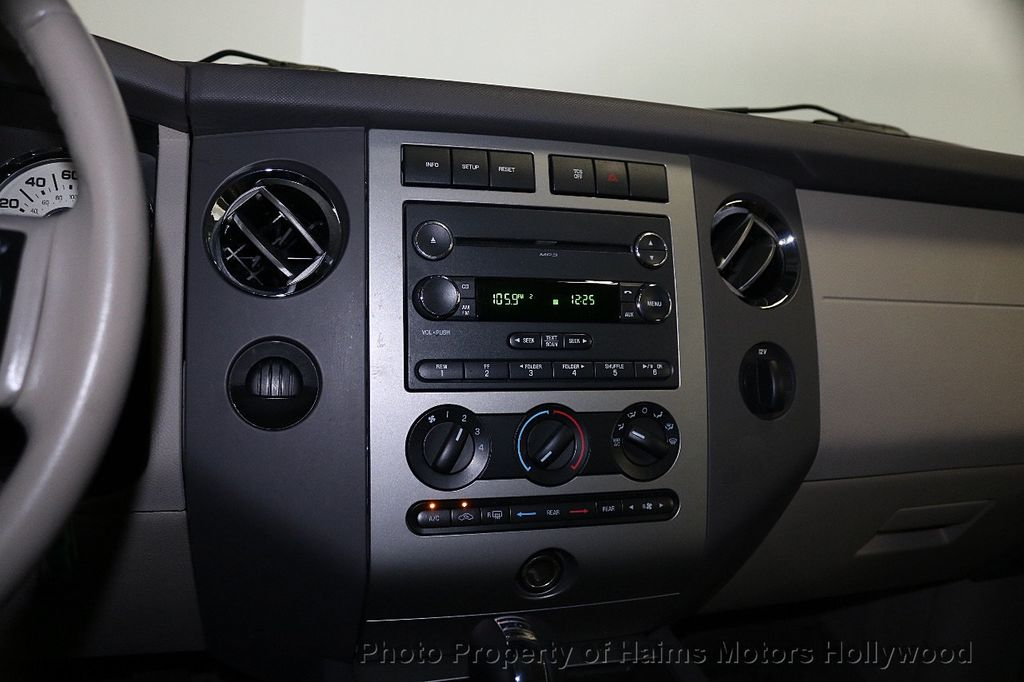2014 Ford Expedition EL 2WD 4dr XLT - 18406372 - 21