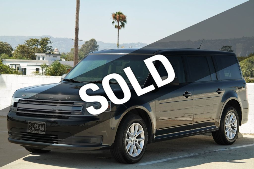2014 Ford Flex 4dr SE FWD - 16306919 - 0