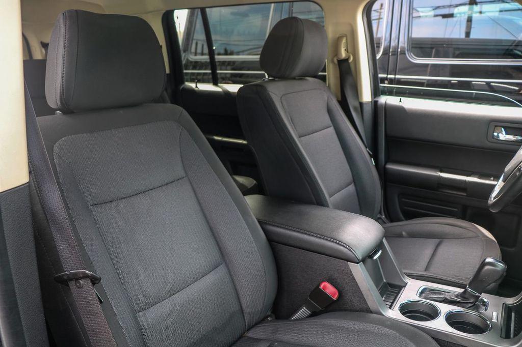 2014 Ford Flex 4dr SE FWD - 16306919 - 11