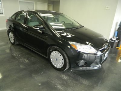 2014 Ford Focus 2014 FORD FOCUS SE 4DR SEDAN  - Click to see full-size photo viewer
