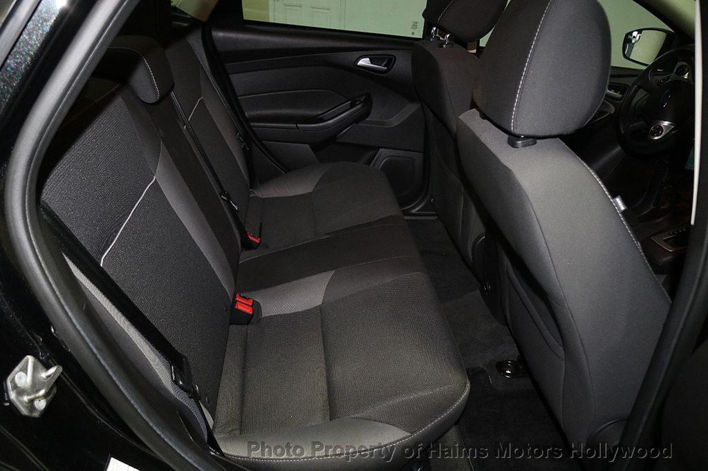 2014 Ford Focus 4dr Sedan SE - 16612694 - 13