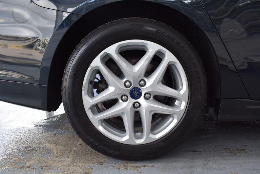 2014 Ford Fusion 4dr Sedan SE FWD - 18387258 - 11