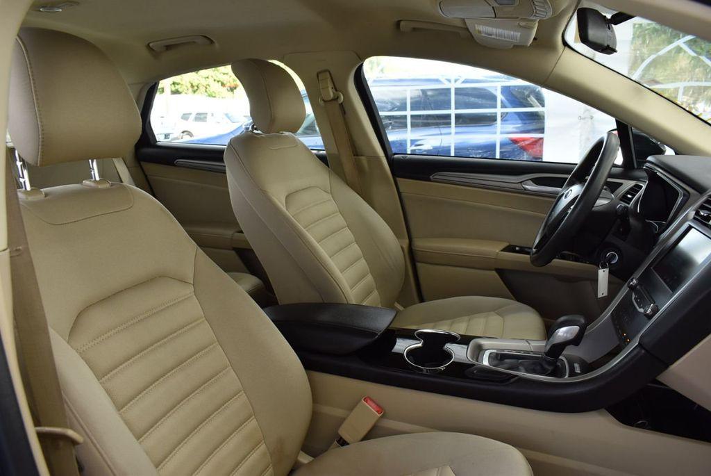 2014 Ford Fusion 4dr Sedan SE FWD - 18387258 - 16