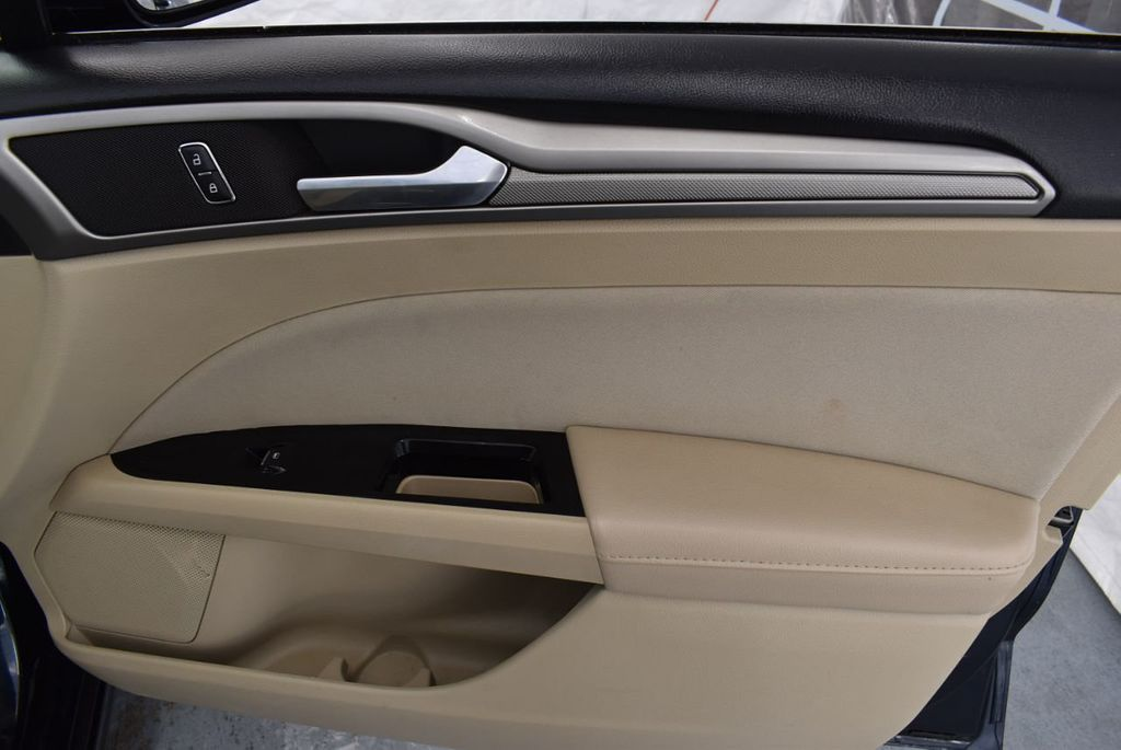 2014 Ford Fusion 4dr Sedan SE FWD - 18387258 - 17