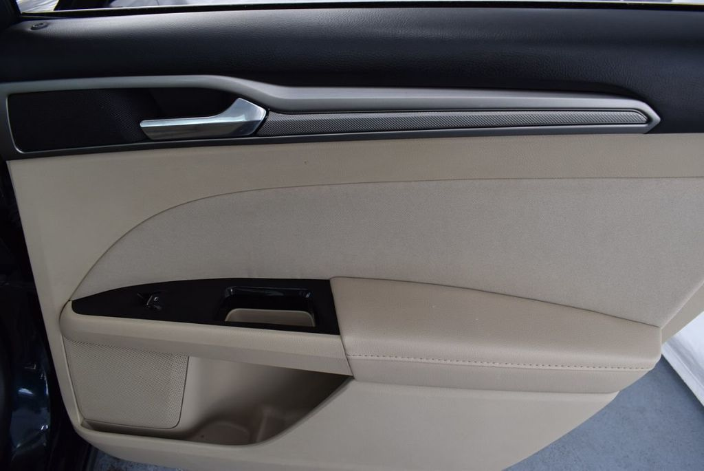 2014 Ford Fusion 4dr Sedan SE FWD - 18387258 - 19