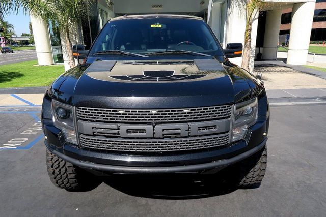 """2014 Ford F-150 4WD SuperCrew 145"""" SVT Raptor - Click to see full-size photo viewer"""