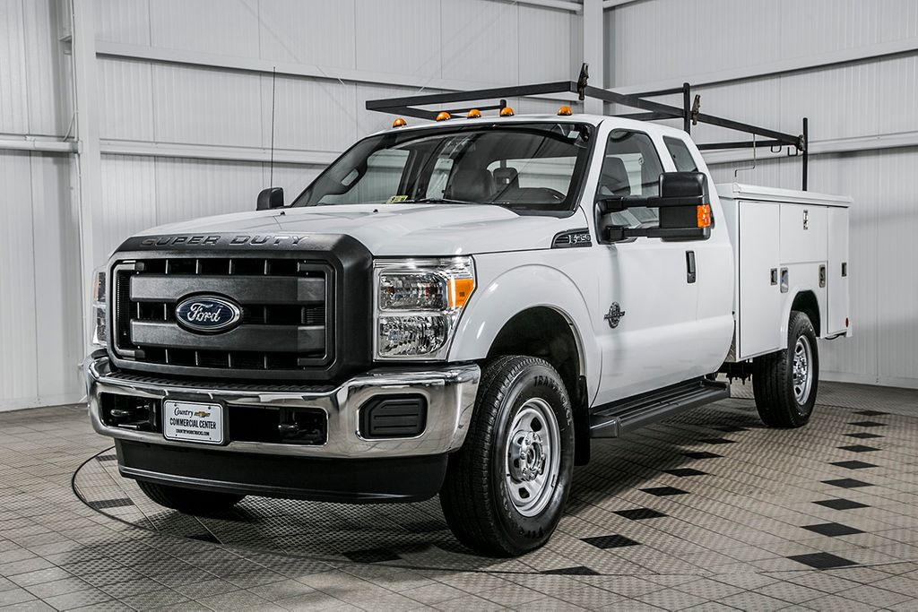 2014 used ford super duty f 350 srw cab chassis f350. Black Bedroom Furniture Sets. Home Design Ideas