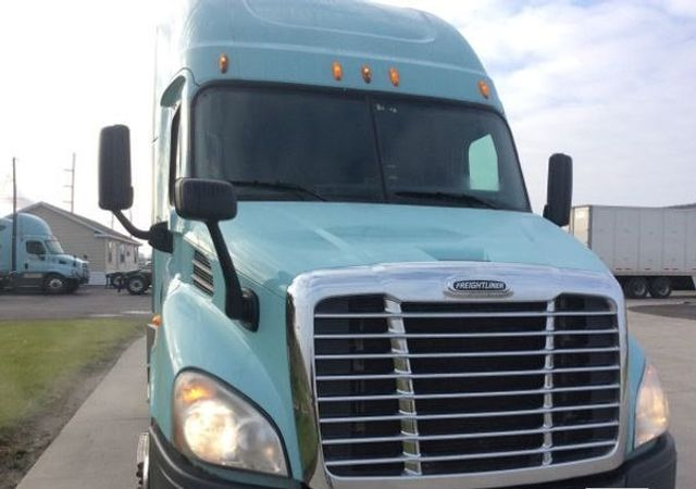 2014 Freightliner CASCADIA CONVENTIONAL TANDEM AXLE SLEEPER TRACTOR TRUCK - 17124382 - 1