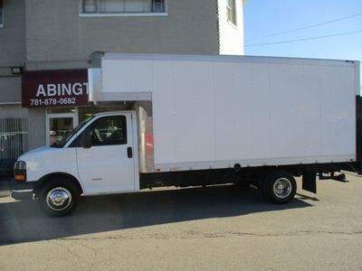 2014 GMC Savana Commercial 4500 Cutaway 16'FT BOX TRUCK 4500 Van 177