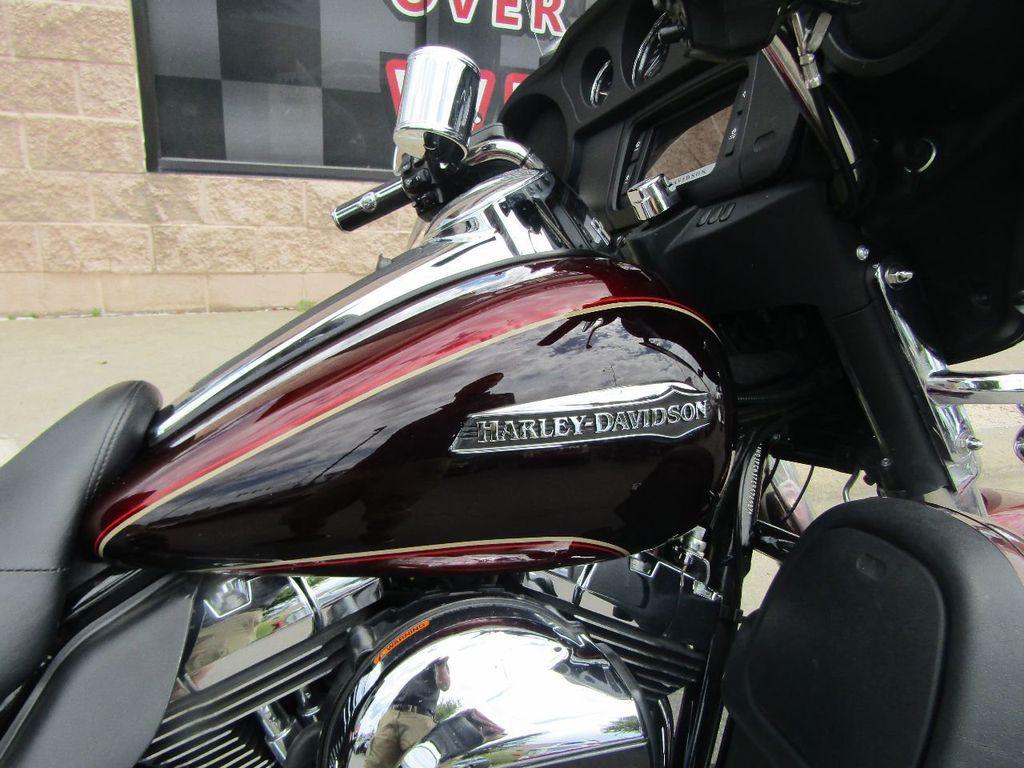 2014 Harley-Davidson Electra Glide Ultra Classic FLHTCU - 16554580 - 24