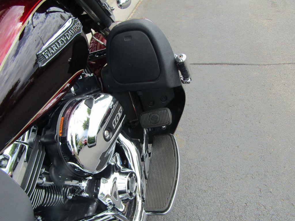 2014 Harley-Davidson Electra Glide Ultra Classic FLHTCU - 16554580 - 25