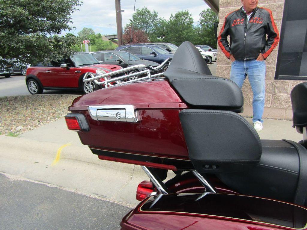 2014 Harley-Davidson FLHTCU Ultra Classic - 16554580 - 19