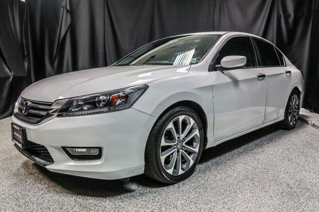 https://photos.motorcar.com/used-2014-honda-accord_sedan-4dri4cvtsport-12650-17107609-1-640.jpg