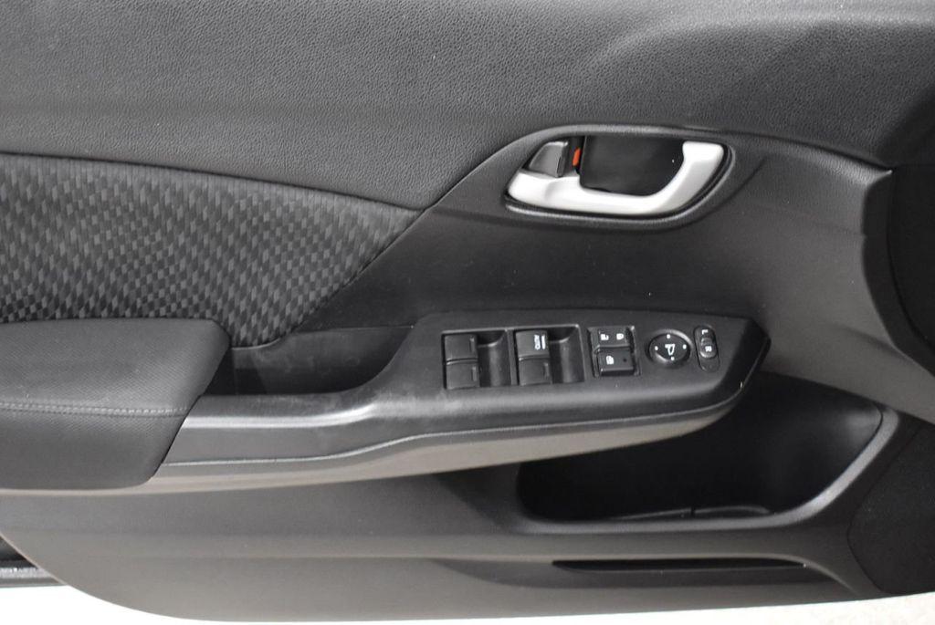 2014 Honda Civic Sedan 4dr CVT LX - 18456518 - 12