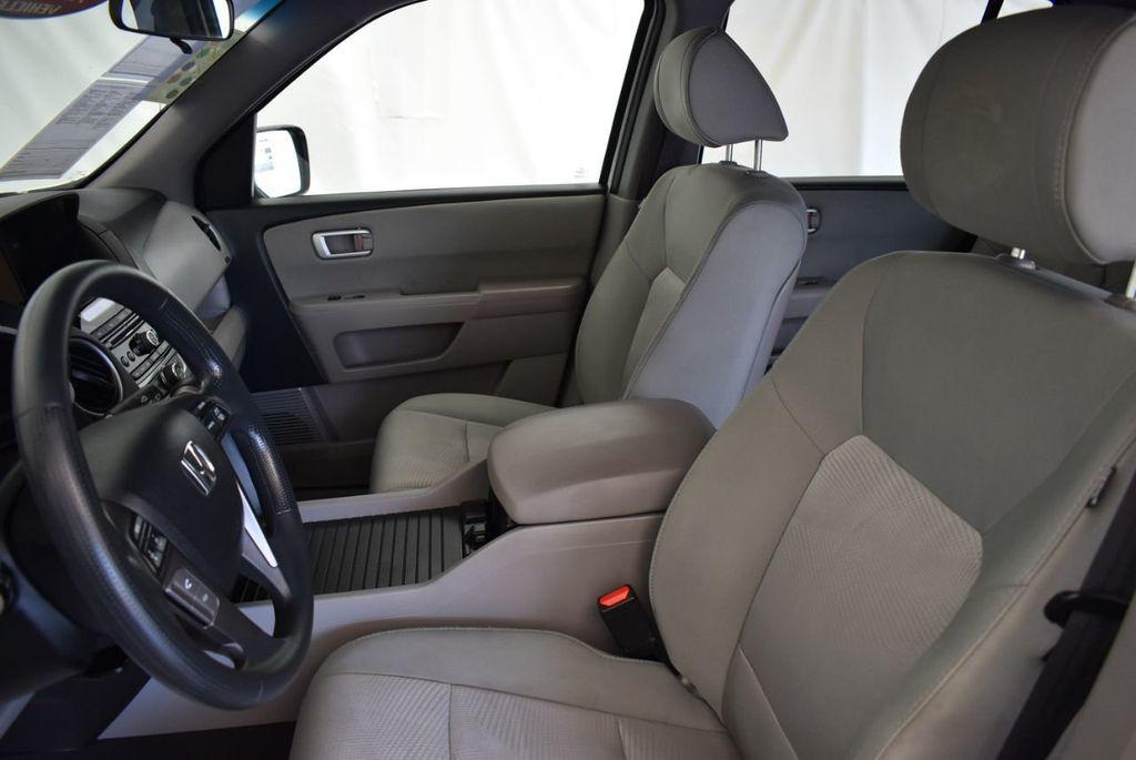 2014 Honda Pilot 2WD 4dr LX - 17899607 - 14