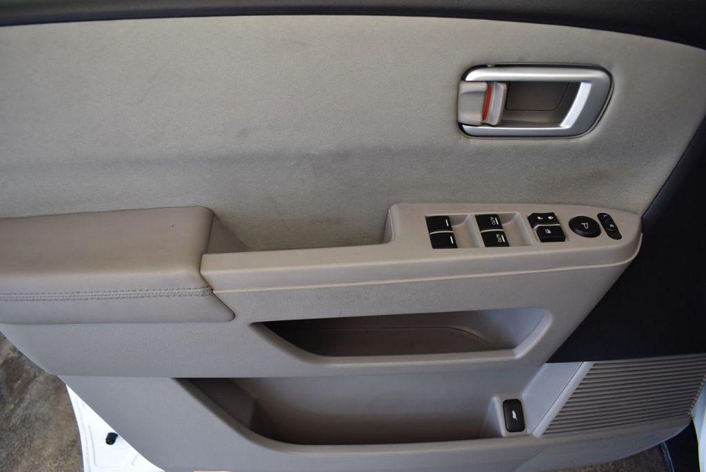 2014 Honda Pilot 2WD 4dr LX - 17899607 - 15