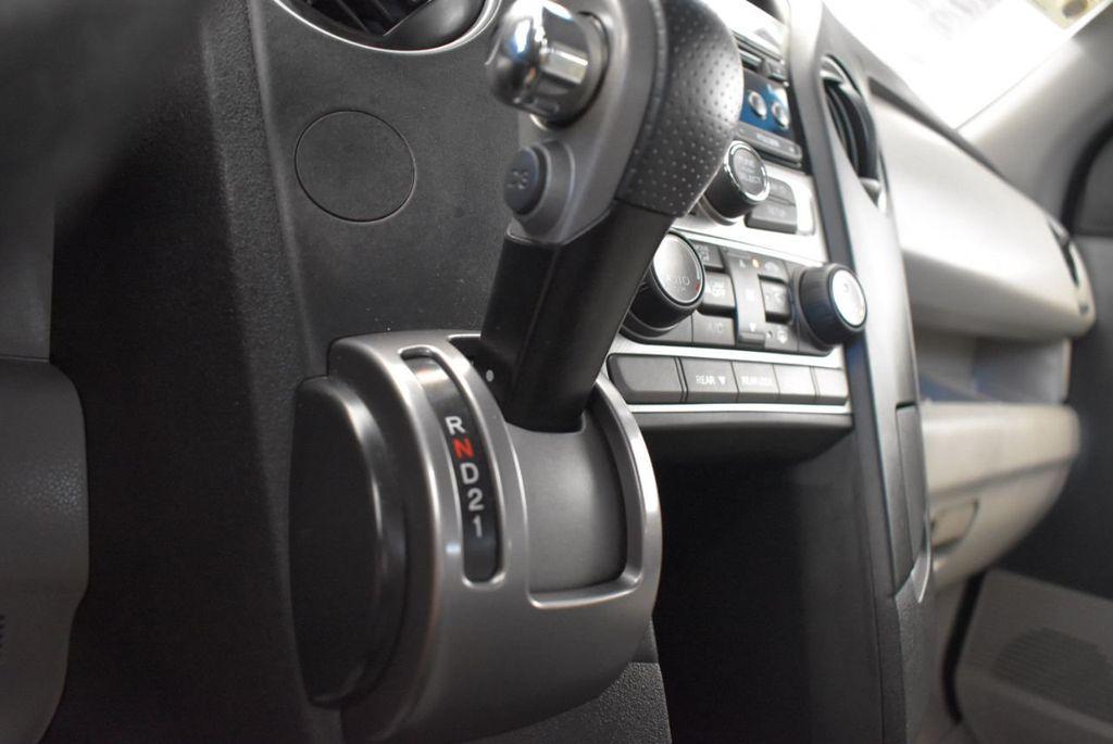 2014 Honda Pilot 2WD 4dr LX - 17899607 - 23