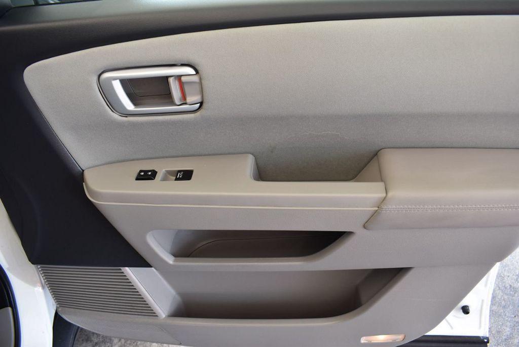 2014 Honda Pilot 2WD 4dr LX - 17899607 - 28