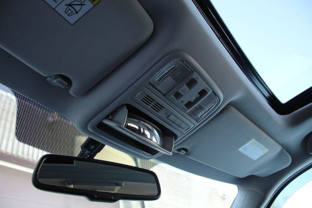 2014 Honda Pilot TOURING NAVIGATION DVD LEATHER MOONROOF - Click to see full-size photo viewer