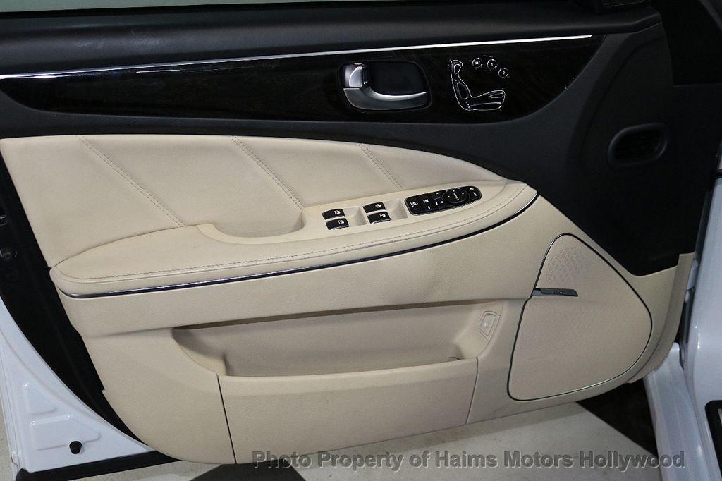2014 Hyundai Equus 4dr Sedan Signature - 18098844 - 9