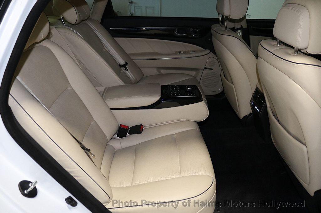 2014 Hyundai Equus 4dr Sedan Signature - 18098844 - 14